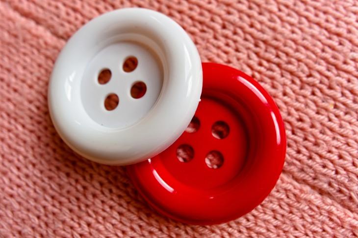button-3491976_1920